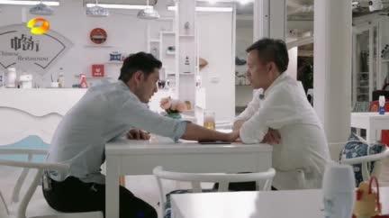 視頻:黃曉明心疼林大廚 為表達方式向其道歉