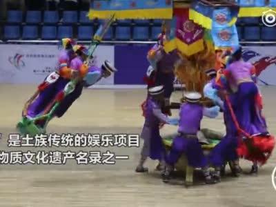 """旋转的""""空中芭蕾"""" 土族民俗体育表演惊艳亮相"""