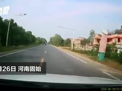 信阳小伙新婚之日疲劳驾驶致人死亡 行车记录仪曝光