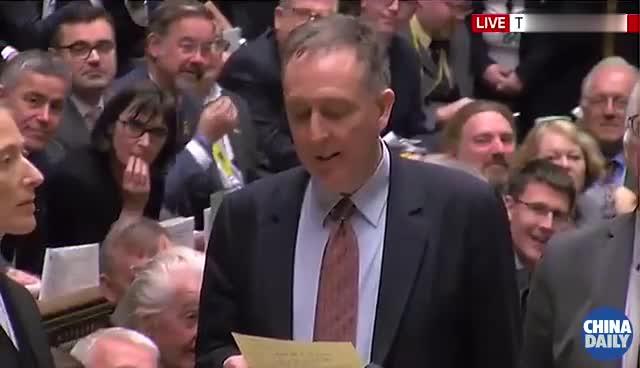 """视频:英国""""脱欧""""最后关头再添不确定性"""