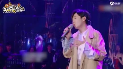 视频:环球音乐回应 吴青峰从未把著作权转让给林暐哲