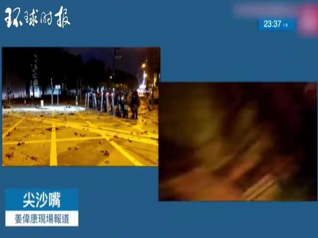 视频-苹果记者直播时被暴徒扔汽油弹 大骂:神经病