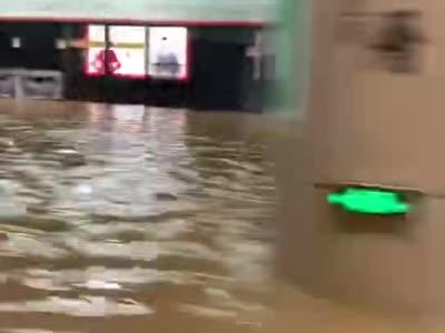 厦门地铁吕厝站发生塌陷 地铁站内画面曝光